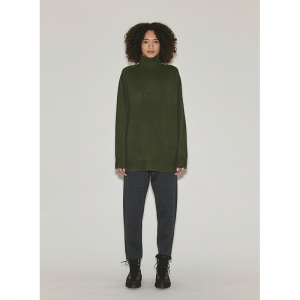 SLOUCHY TURTLENECK logo