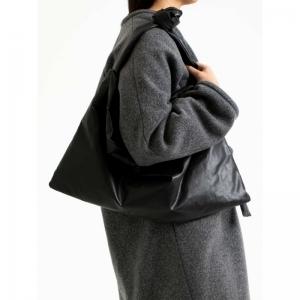 Bag Square Small Oil 0001 BLACK