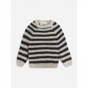 Stripped knitted logo